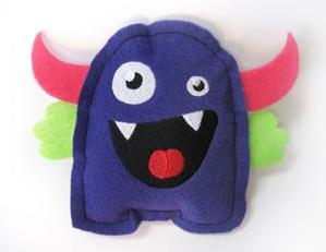 Monstrous Love Monster (Stuffed)_image