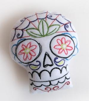 Sugar Skull Pincushion (Stuffed)_image
