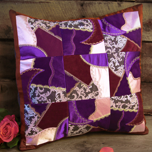 Free project instructions for creating In-the-Hoop Quilt Blocks.