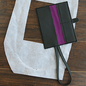 In-the-Hoop Wallet Wristlet