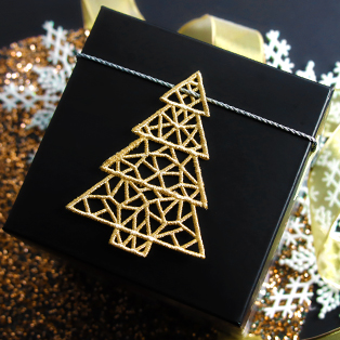 Urban Threads - New! Festive Tidings Lace Christmas Tree