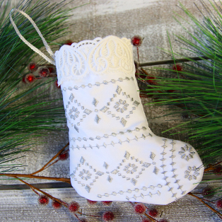 Urban Threads - Lace Trimmed Stocking (In-the-Hoop)