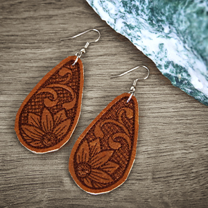 Leather Earrings (In-the-Hoop)_image