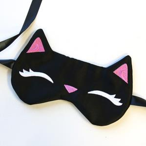 Sleepy Kitty Eye Mask (In the Hoop)_image