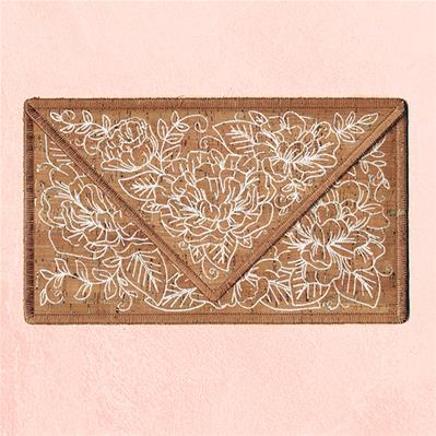Delicate Floral Clutch (In-the-Hoop)_image