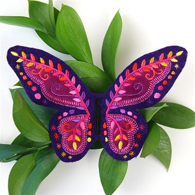 Fluttering Applique Butterfly (Freestanding)_image